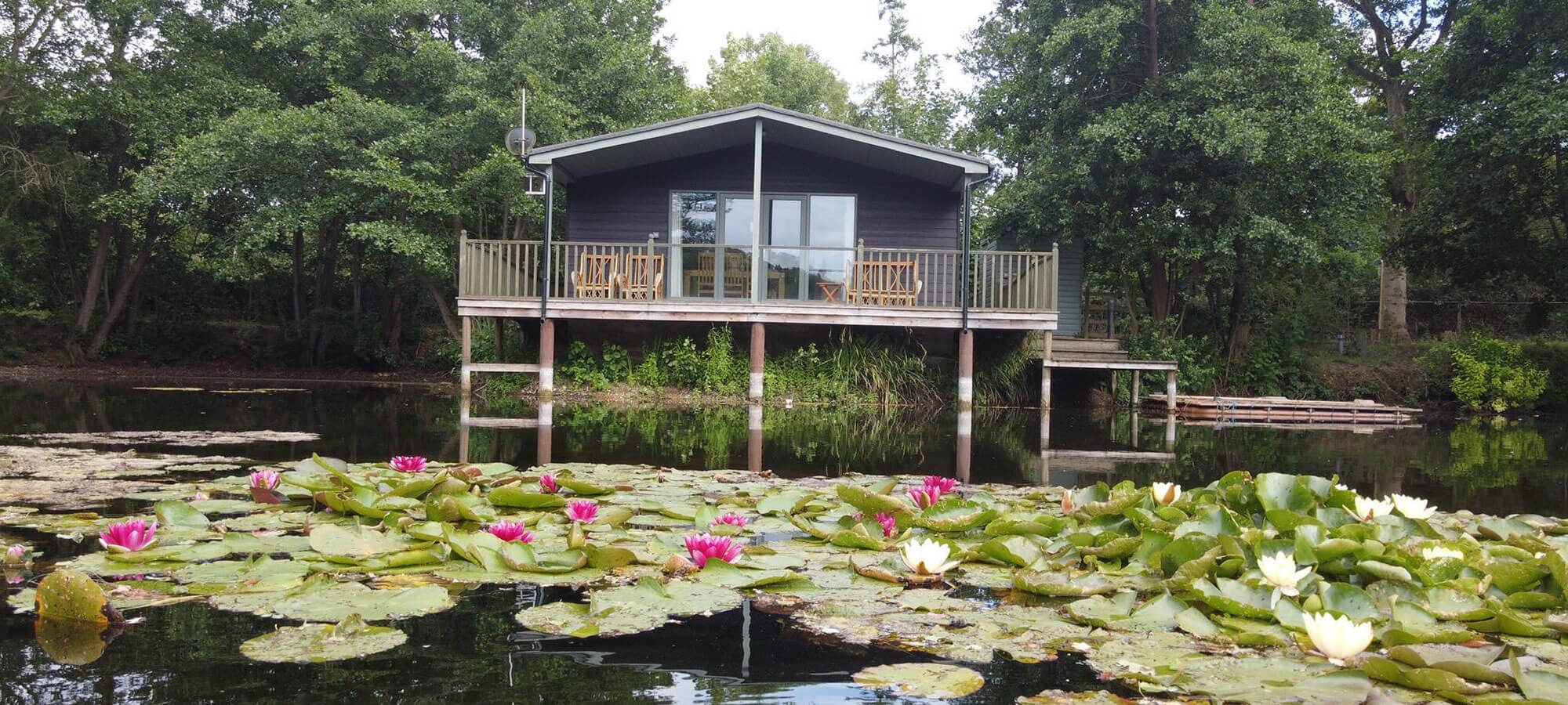 Norfolk Lodge Holidays - Luxury Log Cabins based in Lenwade Norfolk 15 mins drive from Norwich